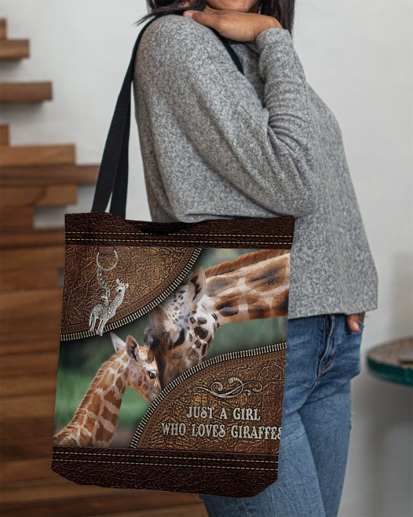Just a girl who loves giraffes tote bag