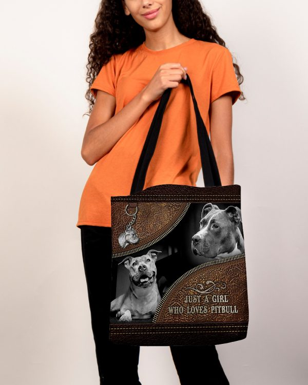 Just a girl who loves pibull tote bag